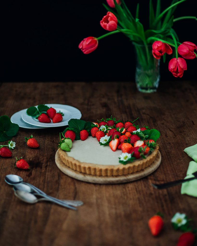 beautiful strawberry mascarpone tart